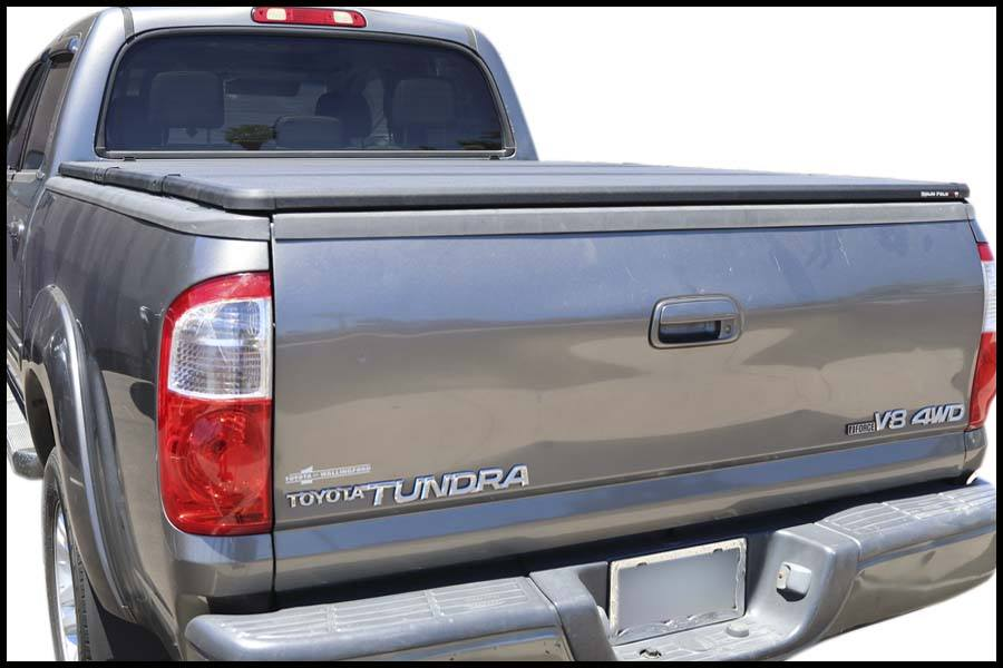Tundra Bed Cover >> 2004 2006 Toyota Tundra 6 Bed Extang Solid Fold 2 0 Truck Bed Cover